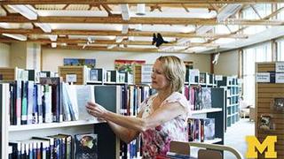 دورة أونلاين مجانية مقدمة من edX: إدارة العاملين بالمكتبات العامة